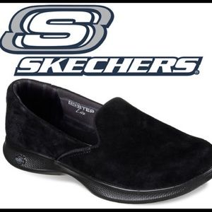Sketchers Black Suede slip on sneakers 9.5 Wide